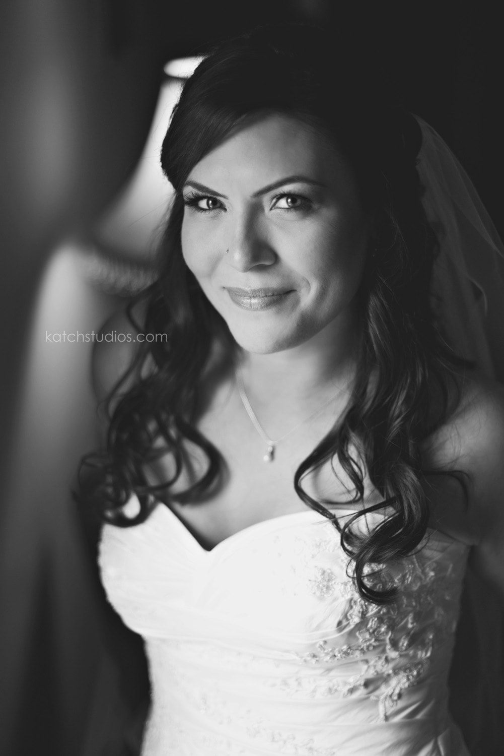 Gorgeous Bridal Party Makeup YEG Edmonton Weddings Eclectica Beauty Astrid Woodard-min