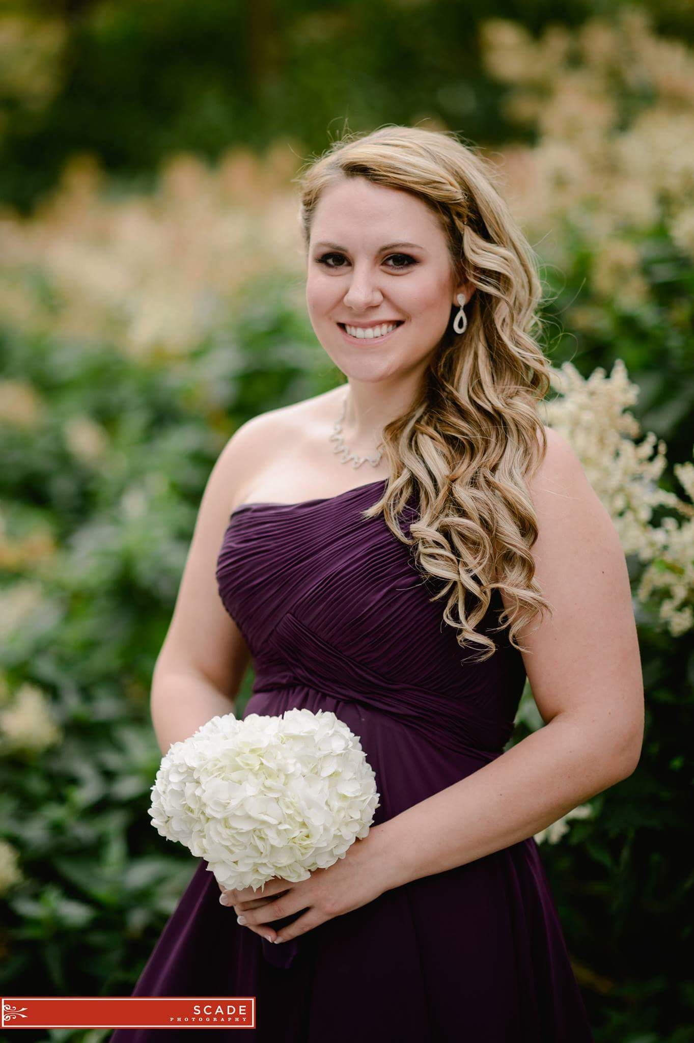 Modern_bridesmaid_Bridal_Makeup_YEG_Edmonton_Weddings_Eclectica_Beauty_Astrid-Woodard-min