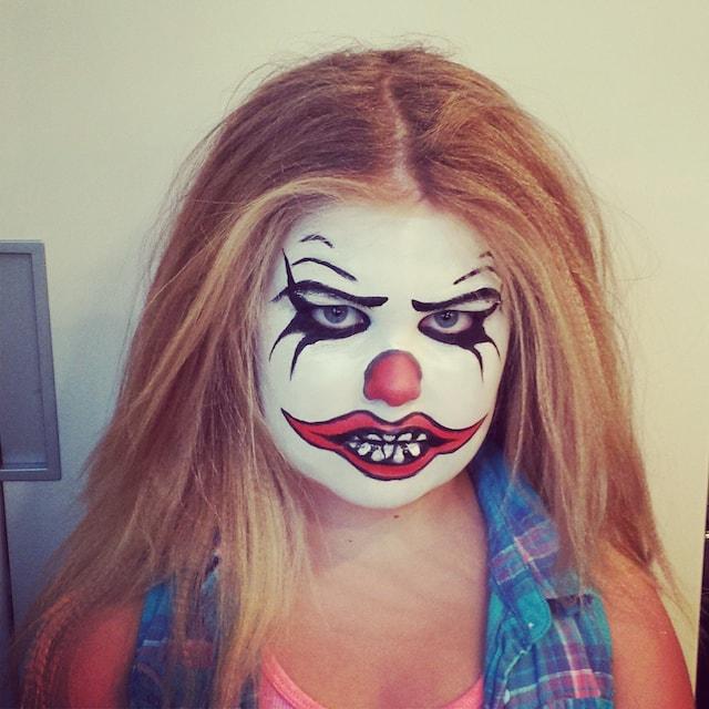 Astrid Woodard Edmonton halloween makeup 5-min