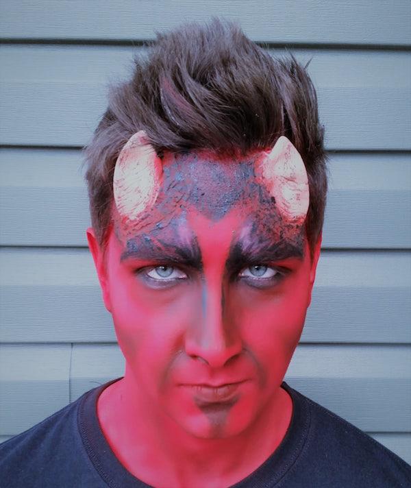 Devil_FX_Halloween_Makeup_Artists_YEG_Edmonton_Eclectica_Beauty_Studio_Astrid_Woodard 2-min