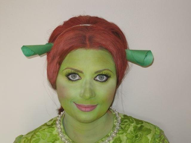 FX_Halloween_Makeup_Artists_YEG_Edmonton_Eclectica_Beauty_Studio_Astrid_Woodard 1-min