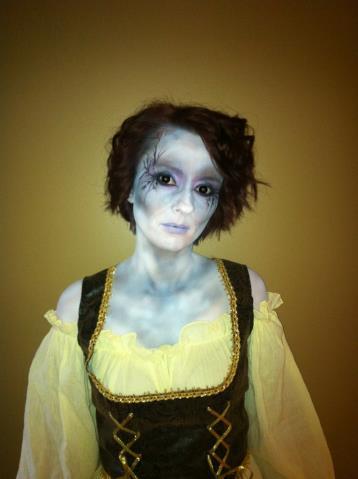 FX_Halloween_Makeup_Artists_YEG_Edmonton_Eclectica_Beauty_Studio_Astrid_Woodard 4-min