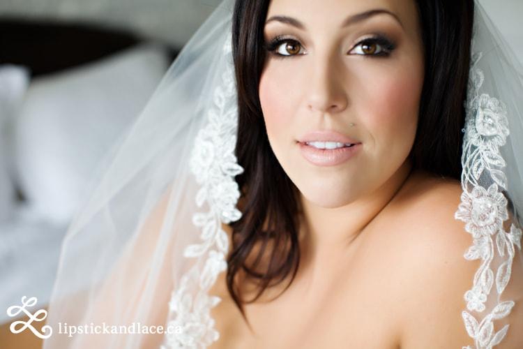 A_Lipstick&Lace Astrid Woodard Makeup Artist YEG-min