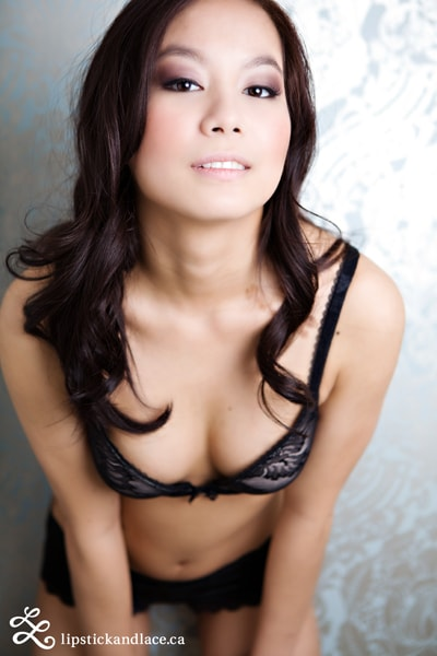 Beautiful asian boudoir makeup artist Edmonton-min