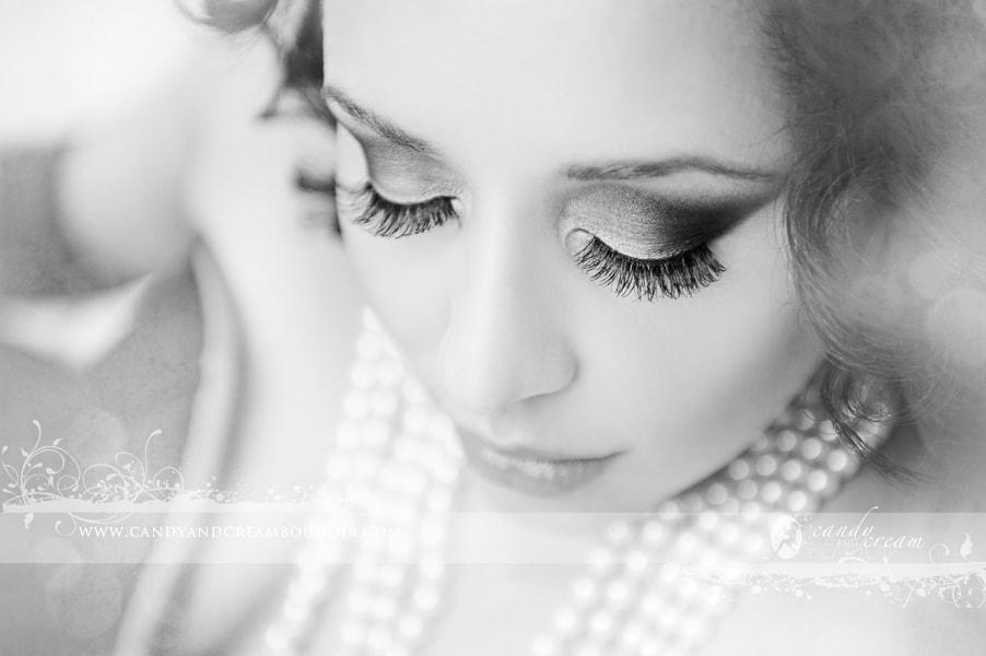 Boudoir eye makeup-min