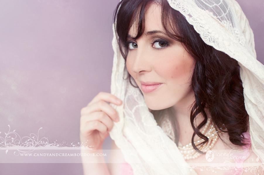 Edmonton makeup artist Astrid Woodard Boudoir Beauty-min
