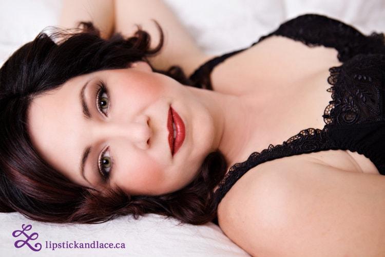 Red Lipstick Makeup discreet boudoir artist Eclectica-min