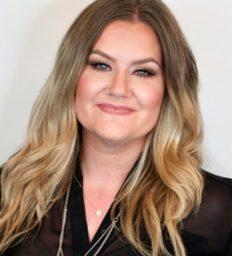 Kirsten Shriever Eclectica Beauty Studio Artist